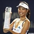 謝淑薇以外卡資格賽一舉衝進冠軍戰並奪下后冠 真不簡單!