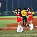 42 統一獅啦啦隊熱舞