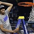 Davis剪下勝利的籃網