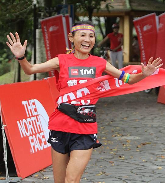 THE NORTH FACE 100K越野路跑賽女子組冠軍戴秀妤  穩著跑策略 成功封后