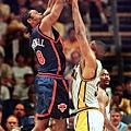 1998-99球季--27勝23敗