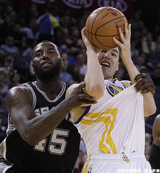 馬刺:學弟,我教教你甚麼才是真正的NBA籃球