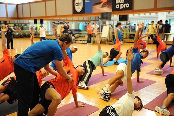 adidas 2012 國際健身學院為網球與長跑選手開設特別課程