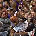2001-渾身傷疤的戰神-Allen Iverson