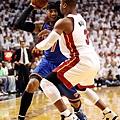 Wade 在系列賽死守 Melo
