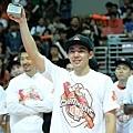 璞園陳世杰冠軍系列戰表現優異,獲選為第九季SBL總冠軍MVP