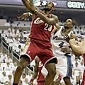 LeBron James --2008年 對巫師  關門戰個人秀