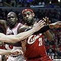 LeBron James --2010年 對公牛 送給 Rose 的一課