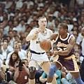 Magic Johnson -- 1991年季後賽 對勇士 -- 44分、12籃板、9助攻