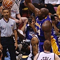 Shaquille O'Neal -- 2002年季後賽 對籃網 -- 40分、12籃板、8助攻
