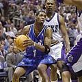 Tracy McGrady -- 2001年季後賽 對公鹿 -- 42分、8籃板、10助攻