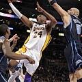 Kobe Bryant -- 共 1 次單場罰球次數超過 20 次
