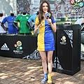 瑞莎是從烏克蘭來到台灣的美女,歐洲冠軍盃是她必看的球賽