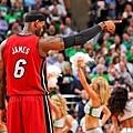 NBA 季後賽曾狂取 40 分 、 15 籃板的真硬漢列傳