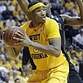 小前鋒--10.Kevin Jones--西維吉尼亞大學(West Virginia),大四 (6呎7,251磅)