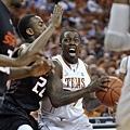 控球後衛--7.J'Covan Brown--德州大學(Texas),大三(6呎2,202磅)