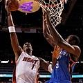 Bosh 攻下 24 分並抓下 7 籃板