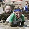 美國風行多年的 Down & Dirty 泥巴路跑賽