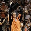 2005 年  首獲 MVP