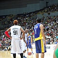 Rodman 與壘哥的背影