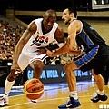 Kobe Bryant 與 Manu Ginobili 的對決