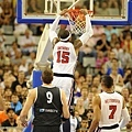 Carmelo Anthony 禁區扣籃