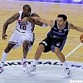 強勢防守的 Kobe Bryant