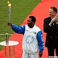 2004 年的 Pele 傳遞聖火