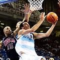 敲響喪鐘的四強賽:2004年美國隊81-89阿根廷