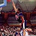 Vince Carter飛越Fredric Weis經典灌籃