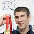 領取金牌的場面,北京奧運在Phelps身上不斷上演
