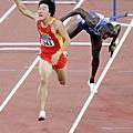 雅典奧運110公尺跨欄奪金