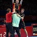 [男子桌球] 德國隊慶祝摘下銅牌