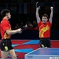 [男子桌球] 中國隊慶祝勝利