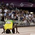[男子田徑] Usain Bolt 親吻場地