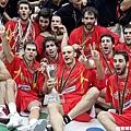 西班牙興奮慶祝奪金