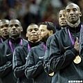 美國隊衛冕成功 摘下金牌