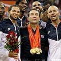 K教練帶領美國連拿兩屆奧運金牌,聲勢大漲