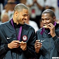 Kevin Durant 和 Tyson Chandler