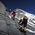 布羅德峰往第三營之際,近垂直岩壁