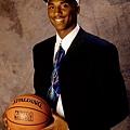 1996 年 第一輪第 13 順位 黃蜂選入陣中