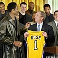 接受總統 Bush 晉見