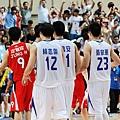 中華隊慶祝勝利