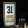 溜馬退休 Miller 的 31 號球衣
