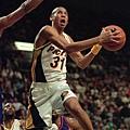 1996-97 球季  Miller 與溜馬的困境