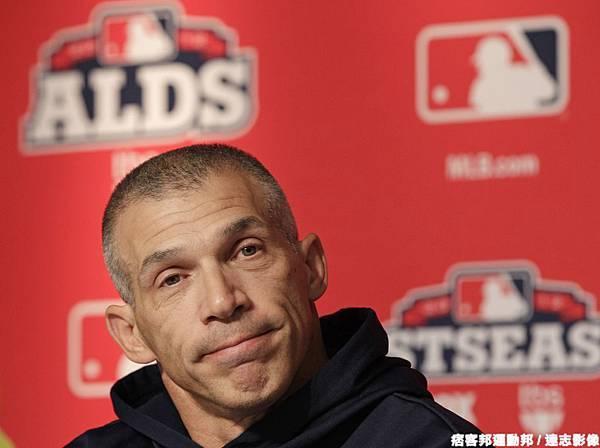 強忍父喪的洋基總教練 Girardi