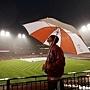 比賽因雨延誤