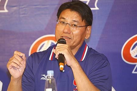20121021中華隊報到記者會-謝長亨總教練