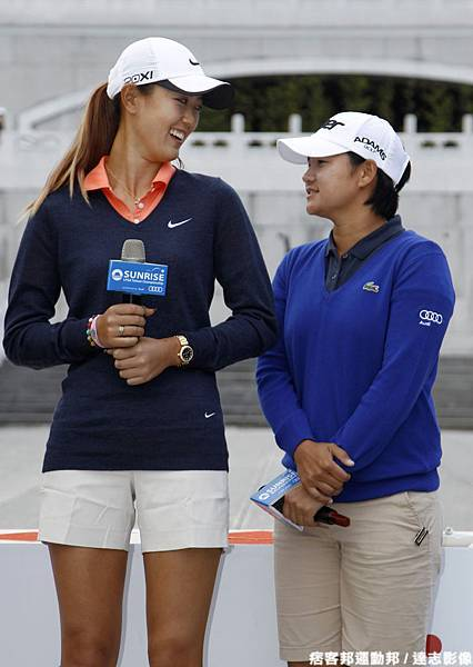 揚昇 LPGA 台灣錦標賽賽前記者會 曾雅妮與魏聖美親切互動