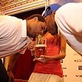20121223冬季聯盟聖誕晚宴多明尼加喝啤酒大賽